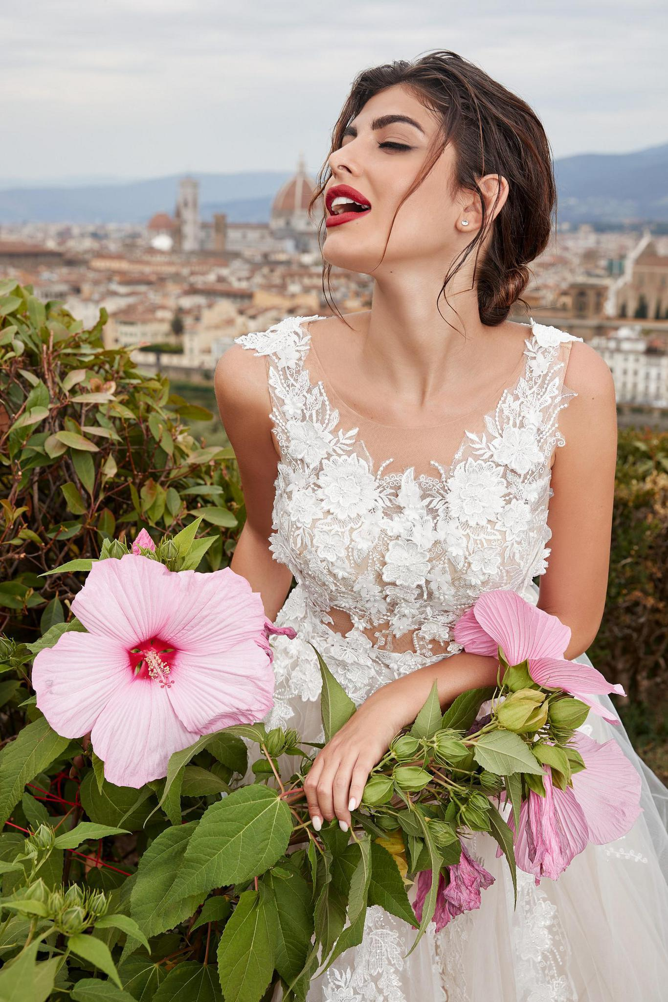 Florence Campaign - LOVE by Ricca Sposa