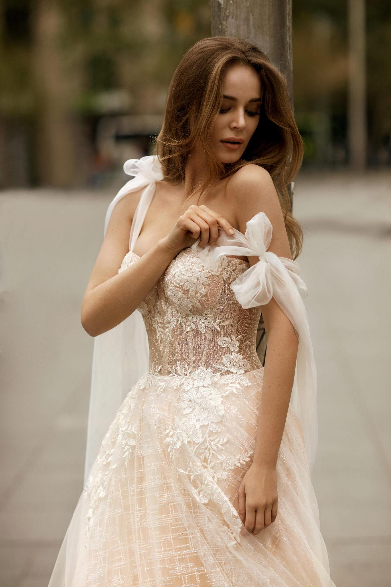 BARCELONA CAMPAIGN - Love by Ricca Sposa